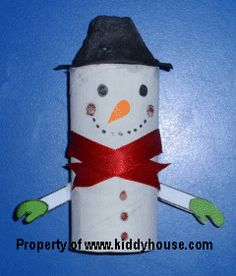 Christmas Crafts for kids - Toilet Roll Snowman craft Chrismas Crafts For Kids, Christmas Activities For Kids, Christmas Paper Crafts, Class Activities, Paper Crafts For Kids, Christmas Projects, Holiday Crafts, Zoo Crafts, Snowman Crafts