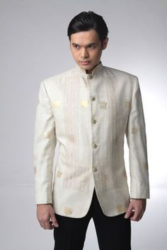 I really dislike the traditional barong tagalog. In dire need of an update. This is a really good step in the right direction. Barong Tagalog Wedding, Barong Wedding, Filipiniana Wedding Theme, Filipiniana Dress, Mens Attire, Groom Attire, Groom And Groomsmen, Team Groom, Wedding Suits