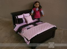 DIY::American Girl Doll Bed ! Adorable ! This doll has a better bed design than my real bed