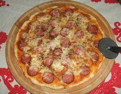 Élesztő nélküli, kolbászos - sajtos pizza