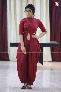 Raashi Khanna Latest Stills Indian Actress Pics, South Indian Actress, South Actress, Beautiful Girl Indian, Most Beautiful Indian Actress, Indian Dresses, Indian Outfits, Rashi Khanna Hot, Down South