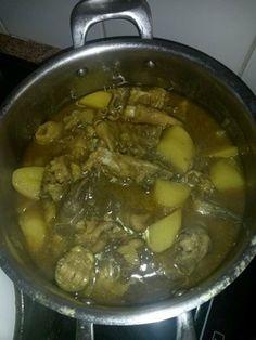 Hetta van der Merwe, 'n spysenier van die Paarl,. Tripe Recipes, South African Recipes, Cape Town, Stew, Bacon, Egg, Good Food, Cooking Recipes, Dishes