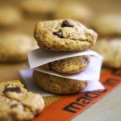 Paleo Chocolate Chip Cookies. (vegan!)