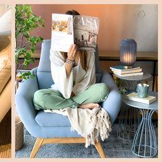 O home office veio para mostrar que um cantinho para relaxar é importante :)  Confira a composição em móveis Líder Interiores, que podem ser personalizados em diferentes cores e materiais, em um ambiente autêntico e aconchegante para os seus momentos de lazer e descanso.   #OccaModerna #OccaModernaEVocê #Decoracao #Arquitetura #PortoAlegre #HomeDesign #Decor #Ambientes #DecoracaoDeInteriores #DecoracaoDeAmbientes #HomeOffice #LiderInteriores #Poltrona #MesaLateral #Metal #Laca #Inspiracao