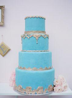 wedding cake idea; photo: Esther Sun Photography