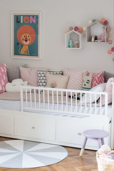 The post appeared first on Babyzimmer ideen. Baby Girl Room Decor, Baby Bedroom, Boy Room, Girls Bedroom, Room Girls, Ikea Bedroom, Girls Daybed Room, Bedroom Furniture, Ikea Hemnes Daybed
