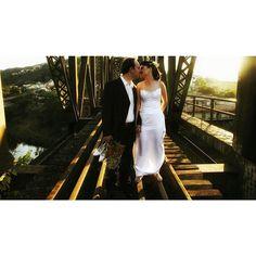 """Por onde for quero ser seu par..."" ❤ #ohhappydayfotografiadefamília #casamento #noivos #ensaio #amor #love #wedding #weddingphotography #fotografiadecasamento #casandoembh #casandocomamor #voucasarembh #noivasdebh #bride #bridal"