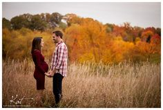 Fall maternity session outdoors - Kat Forder Photography, Baltimore Maryland