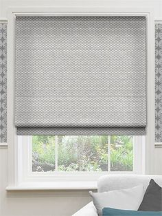 8 Unbelievable Cool Ideas: Ikea Blinds No Sew wooden blinds projects.Wooden Blinds With Valance bamboo blinds ottomans. Indoor Blinds, Patio Blinds, Diy Blinds, Bamboo Blinds, Fabric Blinds, Curtains With Blinds, Sheer Blinds, Privacy Blinds, Blinds Ideas