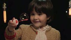 En La Caixa nuestro deseo es que todos los niños puedan sentir la magia de la navidad