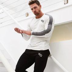 ec3ce7594479 Men s Vanquish Fitness Print Long Sleeve Strike Shirt