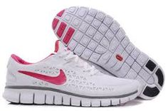 Best Women Shoes Cheek Here .... http://triathlonomatic.com/top-10-best-running-shoes-for-women-in-2014/11/