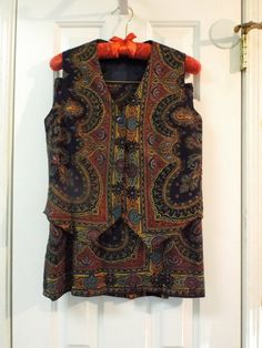 Womens Vintage Vest and Skirt Size 10 by SweetPeaVintageTwo
