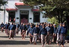 Abdi Dalem Keraton Yogyakarta Bingung