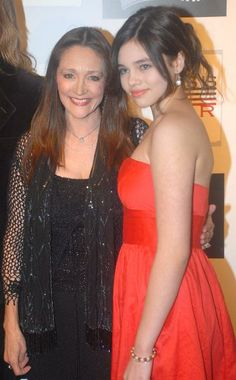 Olivia Hussey and her daughter India Hussey English Actresses, Actors & Actresses, Zeffirelli Romeo And Juliet, Mom Daughter, Daughters, India Eisley, Olivia Hussey, Hollywood Celebrities, Mother And Child