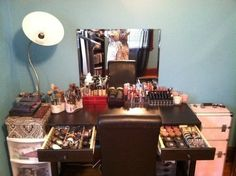 Makeup Vanity Ideas | Great makeup vanity ideas | For the Home