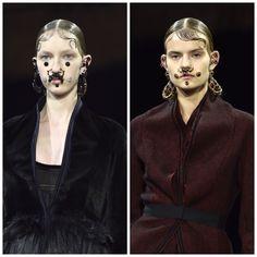 Riccardo Tisci pensou em acessórios femininos que lembram bigodes no desfile da Givenchy, no Paris Fashion Week 2015