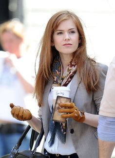 "Isla Fisher Photos Photos - Isla Fisher & Jesse Eisenberg Film ""Now You See Me"" - Zimbio"