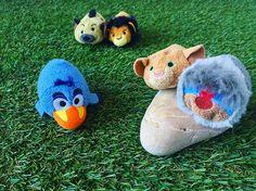 Tsum tsum roi lion 🦁❤️ #tsum #tsumtsum #leroilion #disney #waltdisney #thelionking #zazu #rafiki #sarabi #scar #lion Tsum Tsums, Cute Lion, Le Roi Lion, Disney Tsum Tsum, Walt Disney, King, Cookies, Crack Crackers, Biscuits