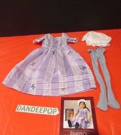 American Girl Doll Felicity's Traveling Gown, Tights & hat Pleasant Co.  #AmericanGirl #Dolls #Felicity #FelicitysTravellingGown #Doll #DollClothes #PleasantCo #dandeepop Find me at dandeepop.com
