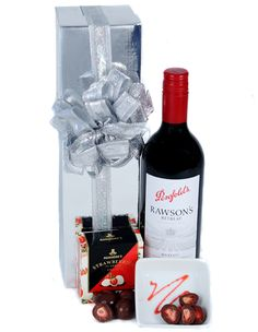 Luxe gluten free gift hamper gift hampers hamper and gluten australia gift baskets send the red negle Image collections