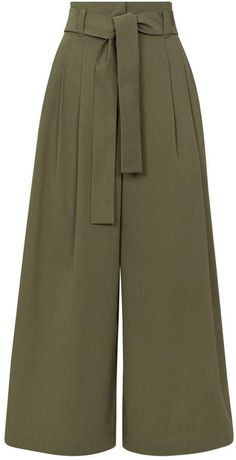 designer clothing luxury gifts and fashion accessories - Cropped - Ideas of Cropped - Max Mara Cotton Wide-Leg Cropped Chinos Stylish Dress Designs, Designs For Dresses, Stylish Dresses, Stylish Outfits, Girls Fashion Clothes, Fashion Pants, Girl Fashion, Clothes For Women, Fashion Design
