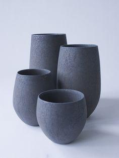 ブラックタマゴカップ デブ - 陶芸家・青木良太公式通販サイト RYOTA AOKI POTTERY
