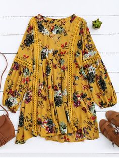 $26.99 Cut Out Floral Tunic Dress - YELLOW M