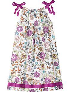 Good to remember when I make pillowcase dresses... I love the ribbon detail. #pillowcase