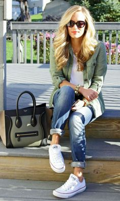 Casual winter fashion outfits, look fashion, autumn winter fashion, womens fashion, denim Fall Winter Outfits, Spring Outfits, Autumn Winter Fashion, Spring Fashion, Women Casual Outfits, Stylish Outfits, Green Outfits For Women, Casual Outfits For Teens School, Early Fall Outfits