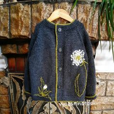 Crochet Clothes, Jackets, Fashion, Needlepoint, Hand Knitting, Sweater Vests, Tejidos, Knit Stitches, Breien