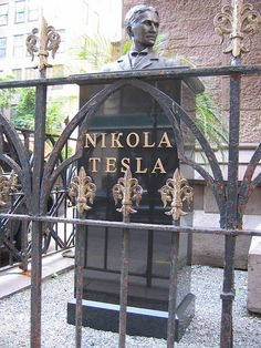 Nikola Tesla Secret is something new that promises to demonstrate to you how to . Mechanical Engineering, Electrical Engineering, Nikola Tesla Quotes, Nicola Tesla, Tesla Technology, Tesla Coil, Cool Inventions, Electric Power, Einstein