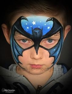 When you think about face painting designs, you probably think about simple kids face painting designs. Many people do not realize that face painting designs go Batman Face Paint, Superhero Face Painting, Face Painting For Boys, Face Painting Designs, The Face, Face And Body, Painting Tattoo, Body Painting, What Is Makeup