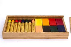 Crayones de cera de abeja bastón y pasta Apiscor  #Loderodolfo #JuguetesWaldorf