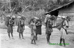 Mujeres fang. los españoles las llamaban pamues