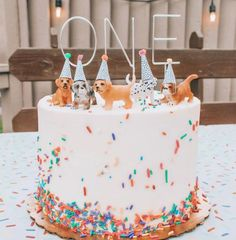 Puppy Birthday Parties, Themed Birthday Cakes, Puppy Party, Dog Birthday, Birthday Party Themes, Birthday Ideas, Puppy Cake, Animal Birthday, Dinosaur Party