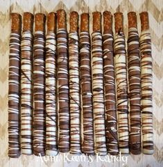 These Gourmet Chocolate Covered Pretzel Rods are delicious and made fresh for your upcoming event. They are covered in burgundy, white and milk chocolate. These pretzels will be individually wrapped. Quantity: One Dozen Made to order to ensure freshness! White Chocolate Covered Pretzels, Chocolate Covered Pretzel Rods, Pretzel Dip, Pretzel Sticks, Custom Chocolate, Blue Chocolate, Chocolate Shop, Christmas Pretzels, Gourmet