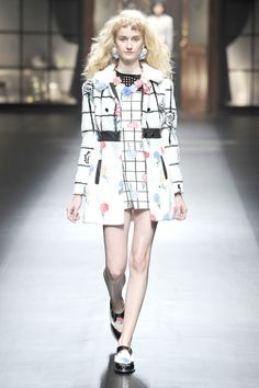 Sretsis RTW Fall 2014 - Slideshow - Runway, Fashion Week, Fashion Shows, Reviews and Fashion Images - WWD.com