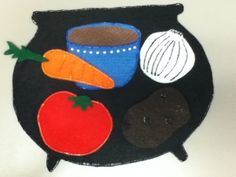 Stone Soup - ( using only items for the letter that you are teaching e. for S - sandwiches, sausages, sardines, stone, syrup Flannel Board Stories, Felt Board Stories, Felt Stories, Flannel Boards, Preschool Literacy, Early Literacy, Preschool Art, Literacy Activities, Kindergarten
