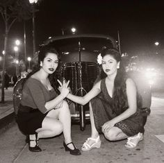 no-love-all-hustle:West Coast Pachucas from the Chola vibe Chica Chola, Chicano Love, Chicano Art, Chola Girl, Estilo Cholo, Chola Style, Pin Up, Brown Pride, European American