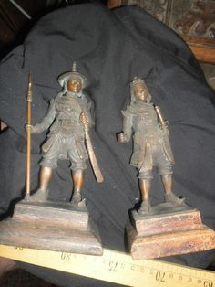 chinese / Mongolian antique bronze soldiers