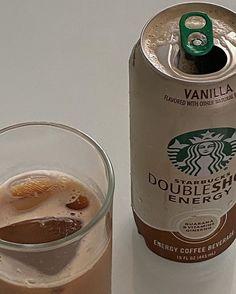 Cafe Food, Food N, Food And Drink, Brown Aesthetic, Aesthetic Food, Aesthetic Coffee, Coffee Drinks, Coffee Cups, Coffee Shot
