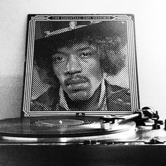 Its Tuesday morning...i need this....1978 hits album by the one and only Jimi  #jimihendrix #essential #guitar #rock #1970s #psychedelicrock #rythmnblues #songwriter #americanartist #america #nowplaying #nowspinning #vinylcommunitypost #vinylcommunity #onmyturntable #vinyligclub #instavinyl #recordoftheday #records #recordcollector #recordcollection #lps by florabundy