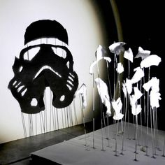 From architect and artist Red Hong Yi, observe these seven anamorphic Star Wars silhouettes, shadow art experiments created by shining a beam of light Star Wars Silhouette, Star Wars Personajes, Star Wars Merchandise, Anamorphic, Shadow Art, Darth Vader, Fantasy Paintings, Star Wars Art, Colors