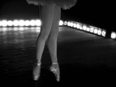 Killer's Kiss (1955) Stanley Kubrick Stanley Kubrick, Tv Series, Films, Ballet, Dance, Film Noir, Movies, Dancing, Cinema