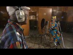 Ibrahim Ferrer & Omara Portuondo(Vo) Roberto Fonseca(P) Music Icon, Art Music, Music Songs, Music Videos, Buena Vista Social Club, Shamanic Music, I Like Being Alone, Spanish Songs, World Music