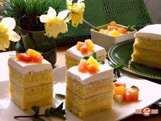 Tort cu mousse de piersici Kiwi, Cheesecake, Birthday Cake, Mousse, Desserts, Food, Sweets, Deserts, Tailgate Desserts
