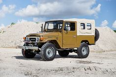 View details of this 1981 Olive Highlights include Matching numbers, Original Toyota Engine and manual. Want an FJ Land Cruiser? Call The FJ Company today! Toyota Lc, Toyota Fj40, Toyota Land Cruiser, Pick Up, Carros Toyota, Mens Gear, Camping, Cars And Motorcycles, Recreational Vehicles