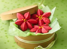 Raspberry Poinsettia Blossom Cookie