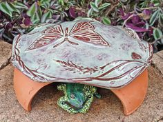 Frog House Toad Abode House Green Gardening, Goldenrod Yellow Gold Butterfly In The Garden Nature Inspired Pottery Garden Art and Decor Big Butterfly, Butterfly House, Butterfly Design, Frog House, Toad House, Gnome House, Garden Frogs, Garden Art, Painted Clay Pots